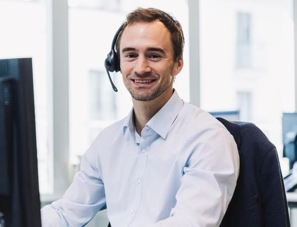 Levi Van Ginderdeuren, klantenadviseur ondernemingsloket